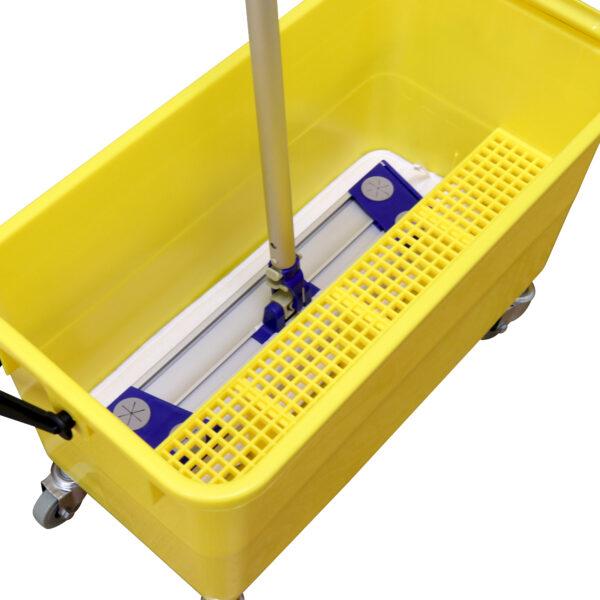 M77002 mop inside bucket